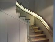 Zdjęcie balustrady ze szkła